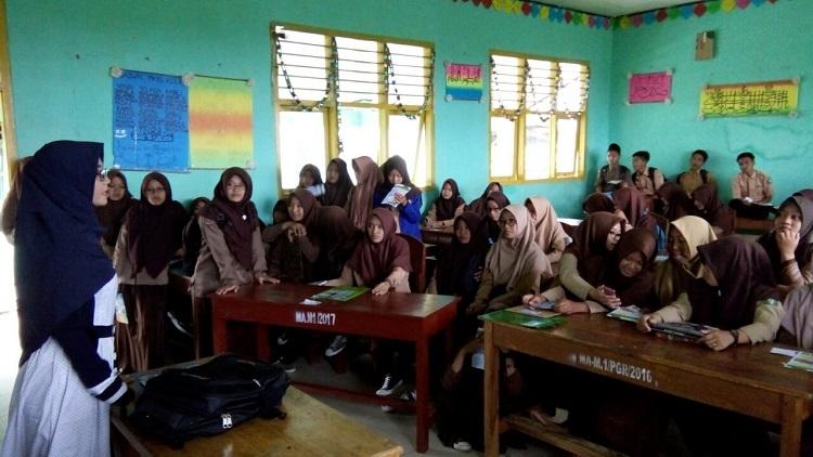 Jaring Mahasiswa Baru, Dosen-dosen STIS Darusy Syafaah Blusukan